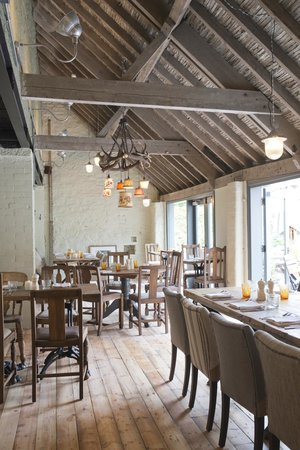 The White Hart: The Barn - part of the restaurant