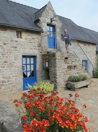 Domaine du Puits Saint Pierre : un ingresso alle camere