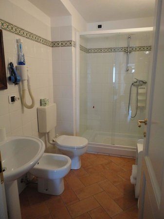 L'Antica Pieve: camera Casella - bagno