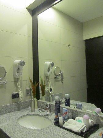 qp Hotels Arequipa: Bathroom