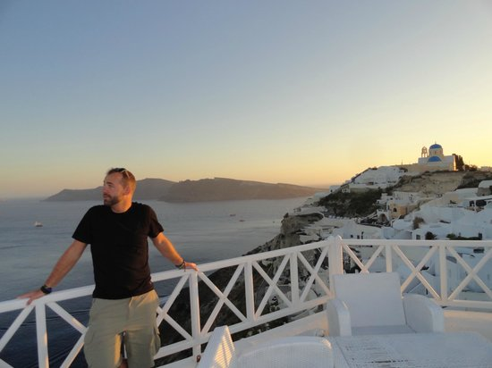 Alexander's Boutique Hotel of Oia: sunset memories from roof
