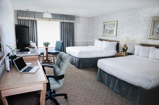 piccadilly inn shaw fresno ca hotel reviews photos. Black Bedroom Furniture Sets. Home Design Ideas