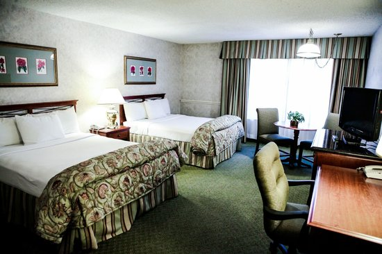 Piccadilly Inn Shaw: Standard 2 Queen Bed Room