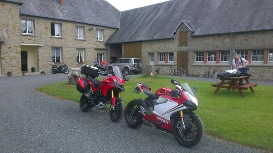 Getting ready for a ride out from Le Clos Castel