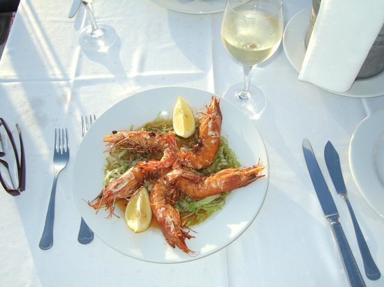 Aparthotel Paul do Mar: Fabulous Grilled Prawns from A La Carte Menu