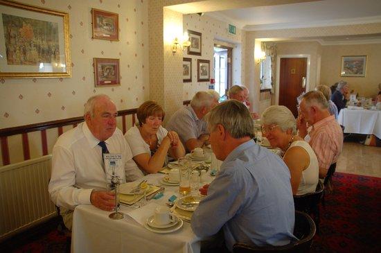 Appleby Inn Hotel: Enjoying Rally Dinner