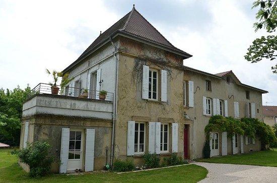 maison close Meyzieu