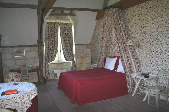 Chateau de la Bourdaisiere : This was our room - Jeanne d'Arc