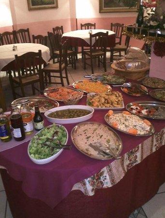Al Gallo Forcello: Vorspeisen- und Salatbuffet: war sehr gut und weit mehr als mit was wir gerechnet hätten