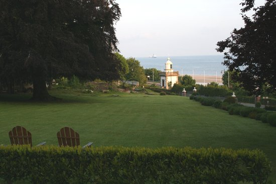 Le Manoir Des Impressionnistes & Spa - Esprit de France: View of the English Channel from the Manoir