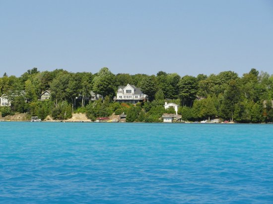 Torch Lake Bed & Breakfast: Just a perfect day at The Torch Lake Bed and Breakfast