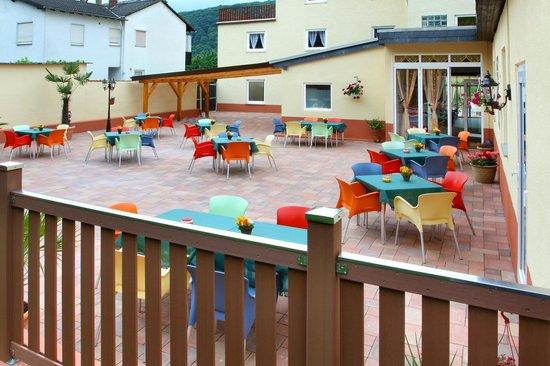 Hotel im Rheintal: Garten