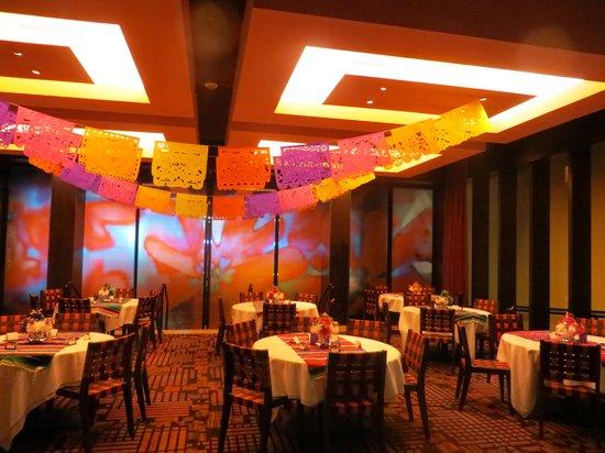Rosa Mexicano - Minneapolis: Festive party!