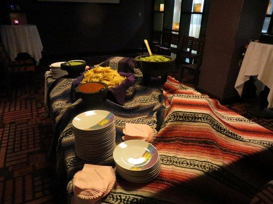 Rosa Mexicano - Minneapolis: Guacamole is exceptional!