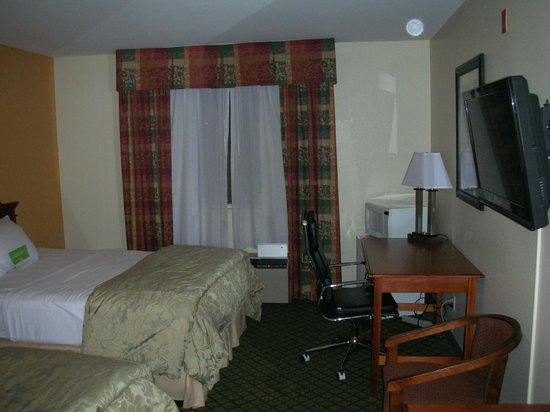 La Quinta Inn Lincoln : Two queen bed room at the La Quinta Inn in Lincoln, NE