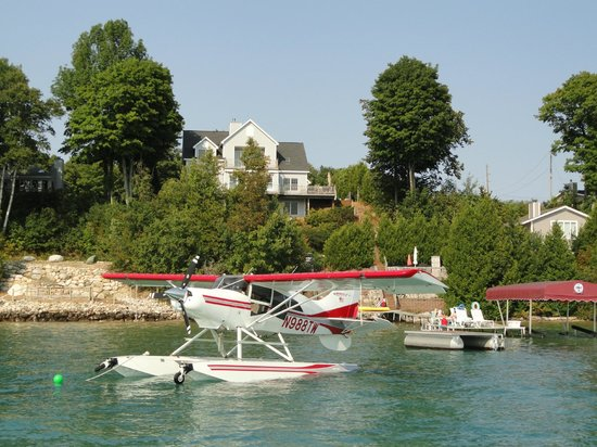 Torch Lake Bed & Breakfast : Fly in and visit and stay.