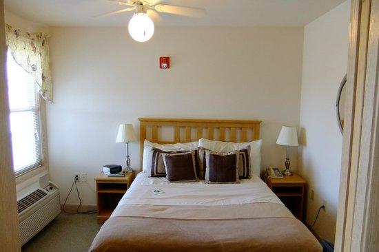 Mill Creek Hotel: Siler Suite bedroom