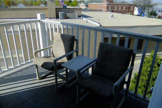 Mill Creek Hotel: Silver Suite private balcony
