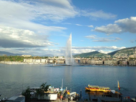Grand Hotel Kempinski Geneva: View from the room