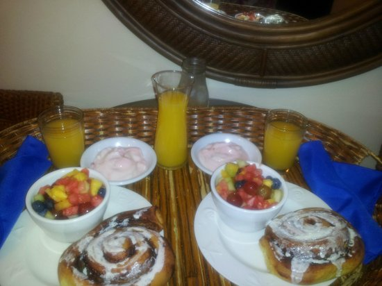 Ocean House: Breakfast