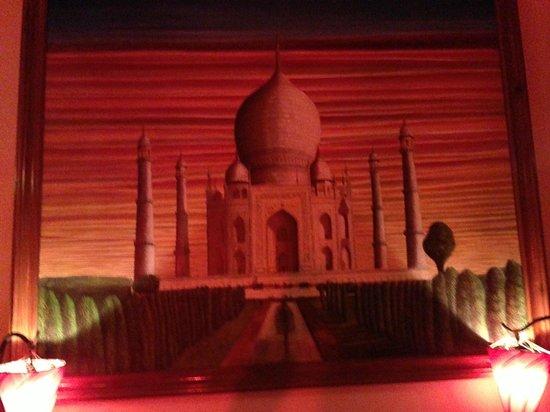 Taj Mahal Restaurant : paint
