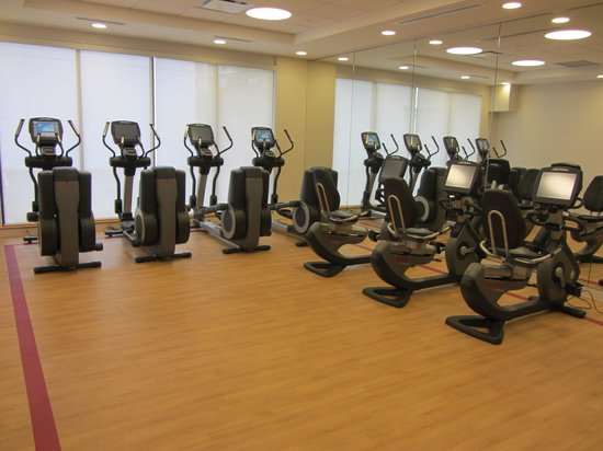 Sheraton Vancouver Airport Hotel: Treadmill room in fitness centre
