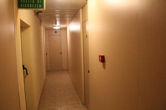 Hotel Mary: Corredor