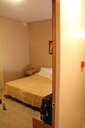 Hotel Mary: Espessura da Parede