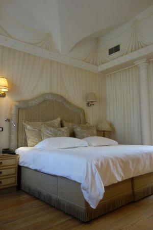 Il Palazzetto: Room 1, frescoes