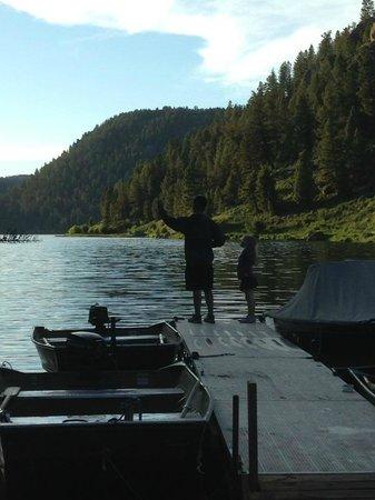 Wilderness Edge : Cliff Lake