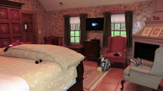 Hillbrook Inn: Summer Cottage