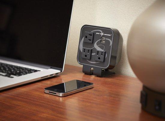 Comfort Suites Saskatoon: A Suite idea to recharge all your gadgets