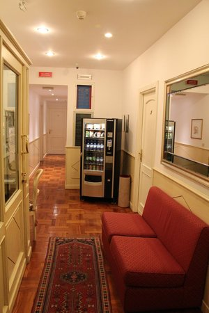 Hotel Italia: Corredor