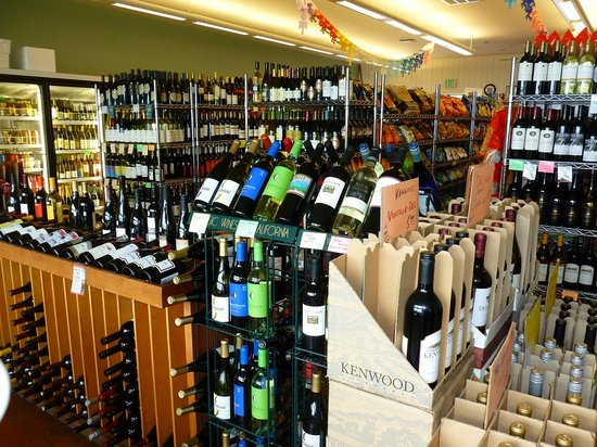 Little River Market & Deli: Great selection of wine