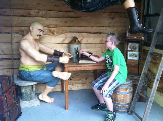 Pirate's Cove Adventure Golf: Howdy pirate!!