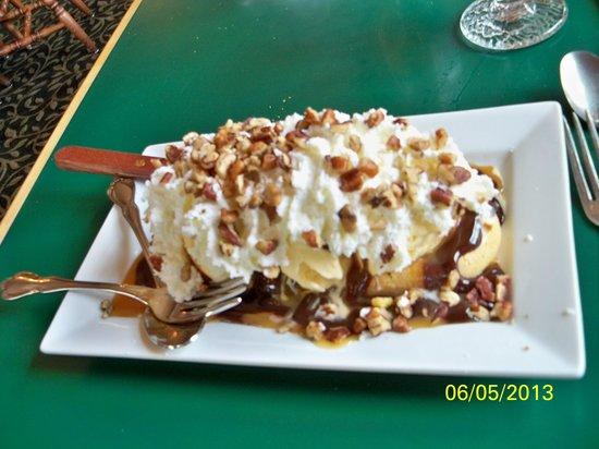 Alpine Inn: Turtle Island Waffle