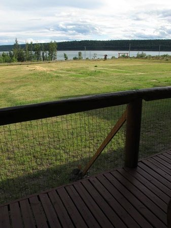 Cariboo Log Guest House: View of the lake from room