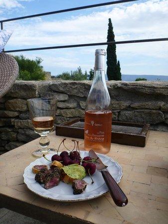 La Borie : Poolside evening drink