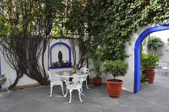 Hotel Casa Gonzalez: garden