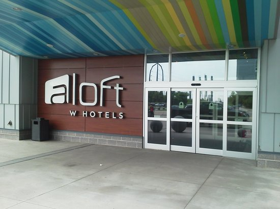 aloft Minneapolis: love the entrance, and that's the back.