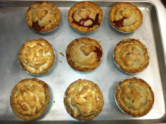 Supernaw BBQ : Our famous fruit pies