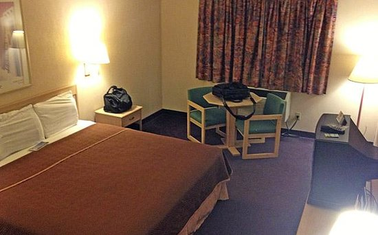 Gallup Travelodge: 5 Room
