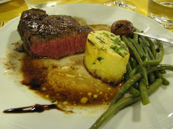 Ristorante Da Muzzicone: good meat