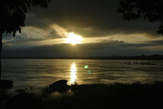The River Resort: Sunrise