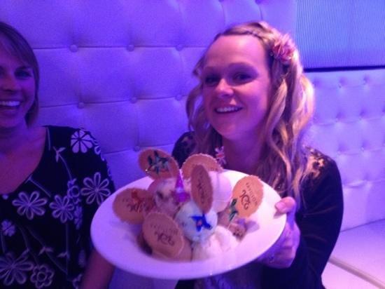 Pavilion Ice Luxury Hand Made Cornish Ice Cream Parlour: What a lovely birthday treat