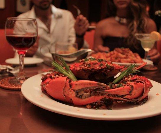 8H Bistro & Cigar Lounge: 8H Bistro-Signature crab dishes