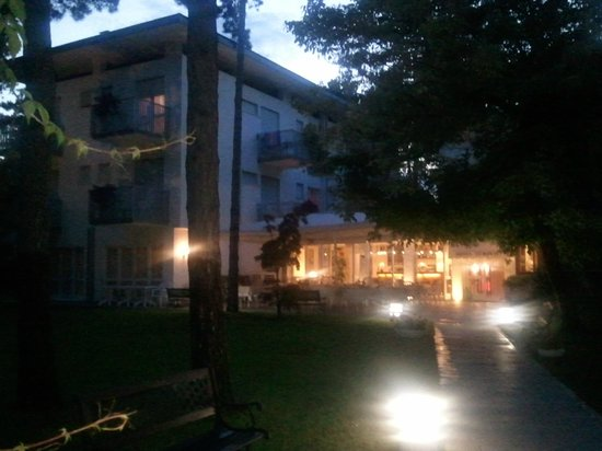 Eurovil Garni: Ingresso hotel
