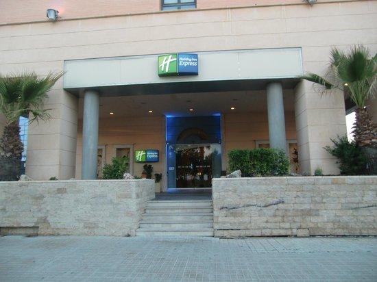 Holiday Inn Express Valencia Ciudad Las Ciencias: ingresso hotel