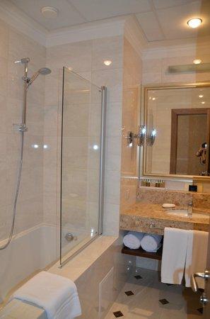 Superior Golf  & Spa Resort: Bathroom
