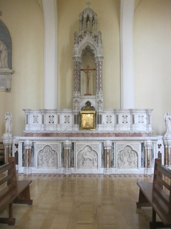 The Cathedral of St Mary & St Anne : Old High Altar in Cathedral of SS Mary and Anne